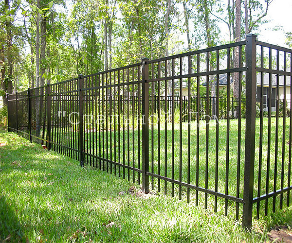 decoration-black-fencing-with-aluminum-fencing-wood-fencing-vinyl-fencing-and-pool-enclosures-9